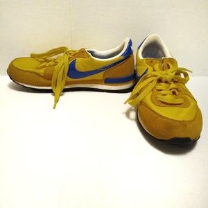 Nike Internationalist Gold and Blue Running Shoe 7